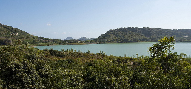 avernus-lake